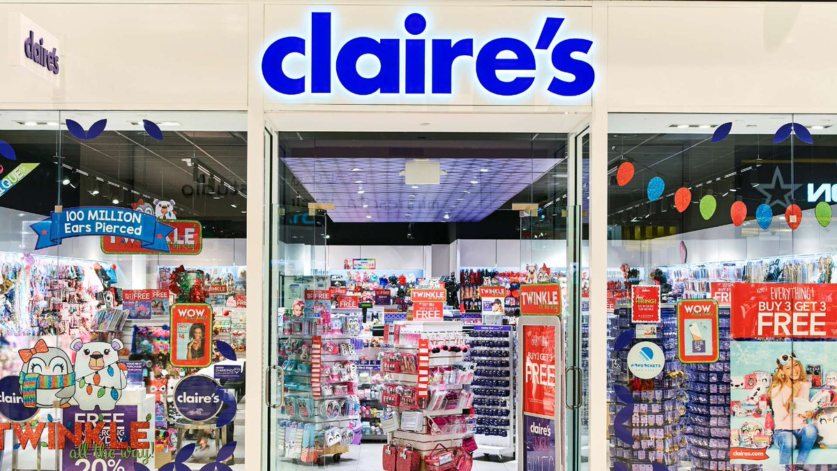 Claire's storefront.